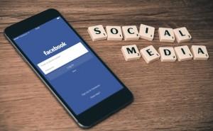 Jak dodać przycisk (guzik) Facebook Lubię to! – Blogger