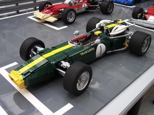 Lotus-43-lego-1