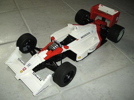 McLaren-MP4-4-lego