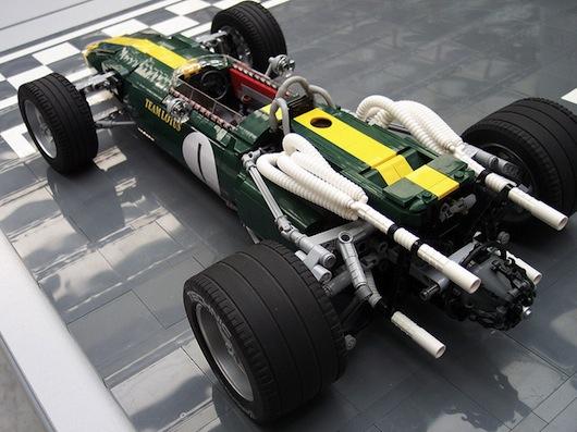 Lotus-43-lego-2