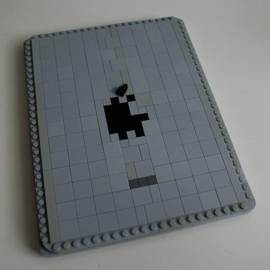 iPad 4 LEGO